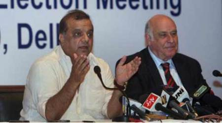 Hockey India president Narinder Batra claims IOA chief offered him bribe forsupport