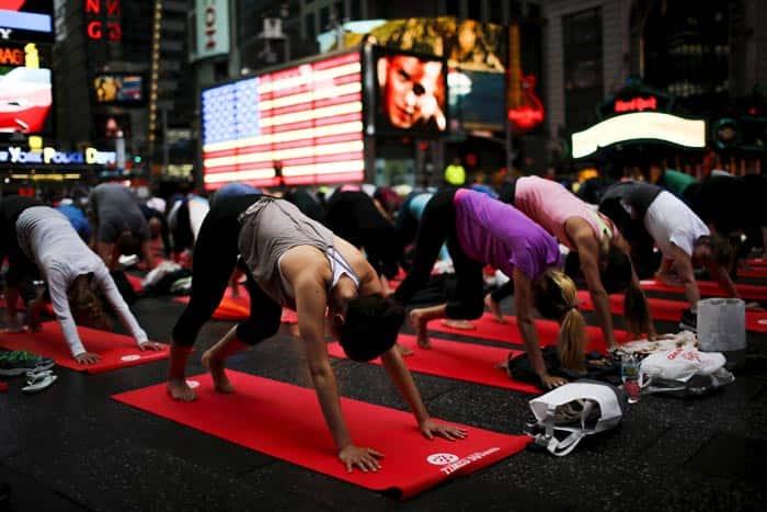 yoga day, international yoga day, yoga day, international day of yoga, june 21 yoga day, yoga day celebrations, yoga around the world, yoga day world record, yoga day pictures, yoga day photos, india news, india yoga photos