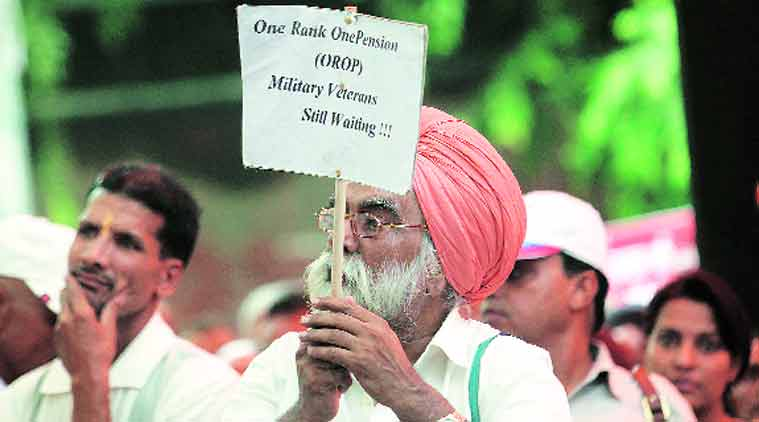 OROP, OROP protests, Manohar Parrikar, Narendra Modi, Pm Modi, Modi on OROP, OROP protests jantar mantar, OROP protests delhi, delhi orop protests, army protests jantar mantar, army veterans protest, OROP implementation, implementation of OROP, One rank one pension, Parrikar, Defence ministry, ministry of defece, delhi news, india news, indian express