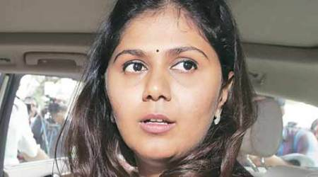Allegations against Pankaja Munde bring family feud to fore