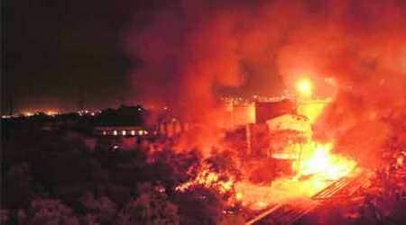 Mumbai: Fire breaks out in oil pipeline duringrepairs