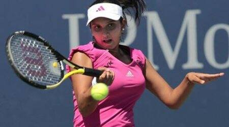 Sania Mirza, playing with new partner Casey Dellacqua, crashes out in her Aegon Classic opener