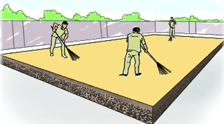 4The film is spread with a mop and then markers sweep it into evenness. Each layer should be applied only after the drying of the earlier layer. A fresh coat of cowdung is needed twice a week. 18-20 workers are needed for a court preparation.