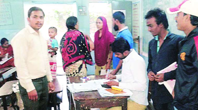Aadhaar card, voter ID, UID, UID aadhaar link, BLO, ID, pune news, city news, local news, pune newsline, maharashtra news, Indian Express