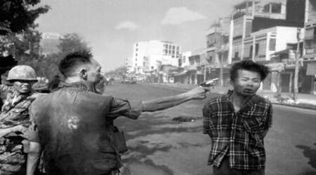 AP images of Vietnam War exhibited in country for 1sttime