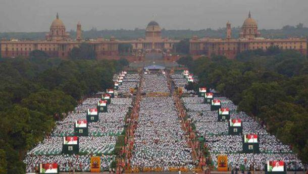 International Yoga Day, Narendra Modi, World Yoga Day, International Day of Yoga, #InternationalYogaDay, #InternationalDayofYoga, India Yoga Day, Yoga Rajpath, Yoga participants, Malaysia Yoga Day, Muslims Yoga Day, Yoga Ahmedabad, World Yoga event, World news,