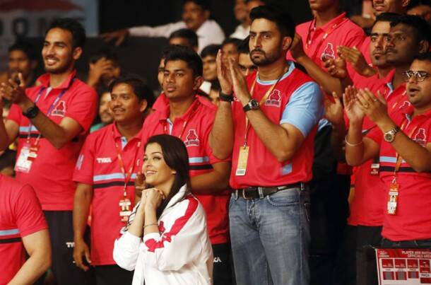 pro kabaddi, pro kabaddi 2015, pro kabaddi league, pro kabaddi league 2015, amitabh bachchan, abhishek bachchan, aishwarya rai, aishwarya rai bachchan, amir khan, aamir khan, bollywood, kabaddi photos, aishwarya rai photos, bollywood photos, bachchan photos