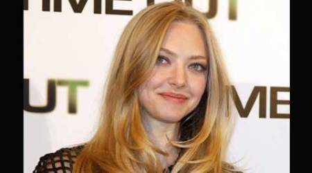 Amanda Seyfried, actress Amanda Seyfried, mean girls, Amanda Seyfried pay, Amanda Seyfried salary, entertainment news