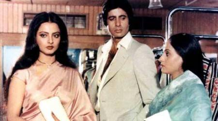 'Silsila' clocks 34 years, Big B finds it hard to describe the film