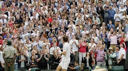 Wimbledon 2015: Stars shine, Stanstunned
