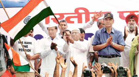 anna hazare, anna, hazare, one rank one pension, orop, anna protest, armymen, service men, latest news,