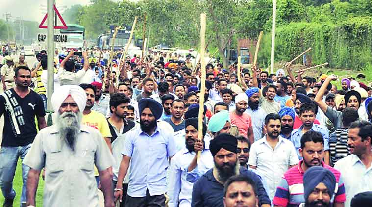 cab driver, auto driver, driver clash, app driver clash, auto driver clash, chandigarh news, city news, local news, chandigarh newsline, Indian Express