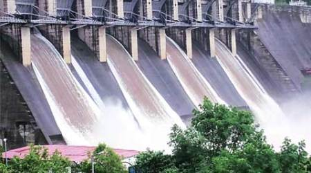 Dams brim with rainwater, several villages in Vadodara put on alert