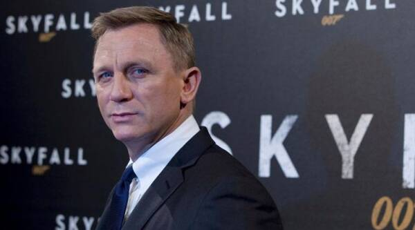 Daniel Craig, Actor Daniel Craig , Daniel Craig James Bond, Daniel Craig Spectre, Daniel Craig 007, Daniel Craig Bond, Daniel Craig Movies, Daniel Craig James bond Movies, Star Wars, Daniel Craig Cameo, Daniel Craig James bond Spectre, Entertainment news