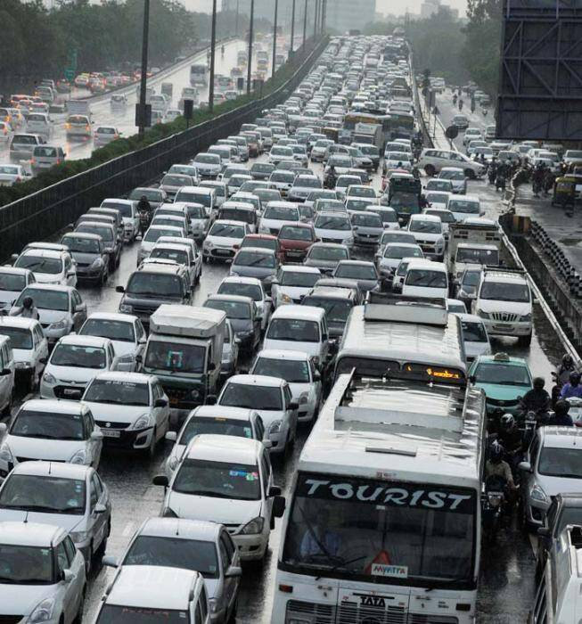 essay on traffic Traffic congestion is becoming a huge problem for one of the main reasons which causes the traffic jam is that the • the essay could be improved by.