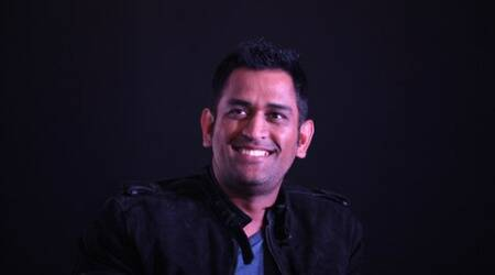 Shastri talks about Dhoni's retirement mystery