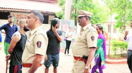 Cops call three FTII students to police station forinquiry