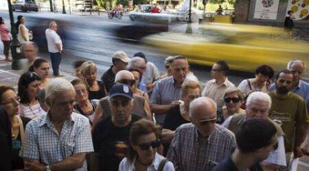 Greece rushing to finalize reforms and remain ineuro