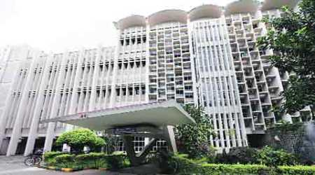 Increase in pre-placement offers indicate good hiring season ahead: IIT Bombay