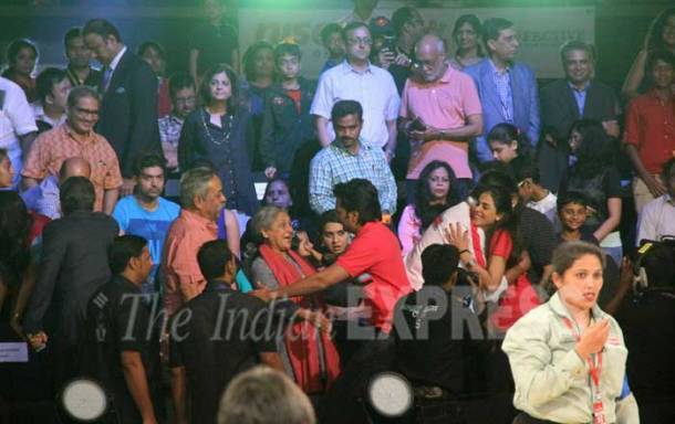 pro kabaddi, pro kabaddi 2015, pro kabaddi league, pro kabaddi league 2015, amitabh bachchan, abhishek bachchan, aishwarya rai, aishwarya rai bachchan, amir khan, aamir khan, bollywood, kabaddi photos, aishwarya rai photos, bollywood photos, bachchan photos