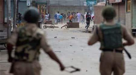 Eid al-fitr, kashmir, eid processions, pro pakistan slogans, eid procession arrests, anti india slogans, kashmir eid processions, eid processions kashmir, pro pakistan kashmir, kishtwar processions, kishtwar arrests, pok, kashmir news,