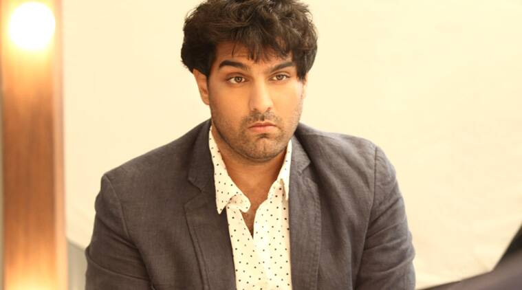 kunaal roy kapur parents