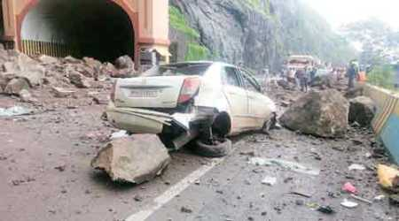 Repair work starts on Mumbai-Pune Expressway