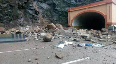 Mumbai-Pune highway, Eway, may be partially closed for a week forworks