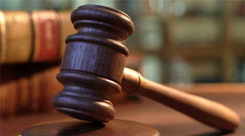 Undertrial flees court premises