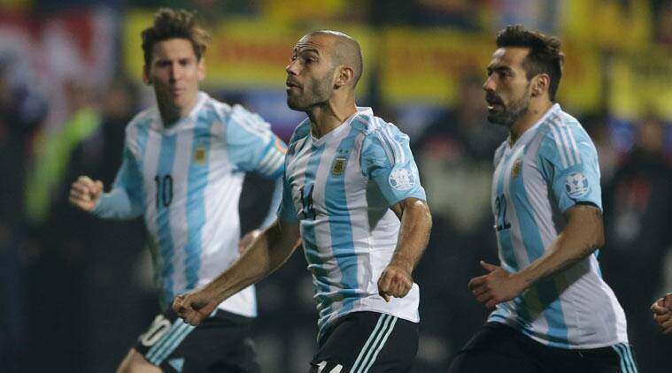 Javier Mascherano (centre) in action for Argentina with Ezequiel Lavezzi (left) and Lionel Messi (right). File Photo/Agencies