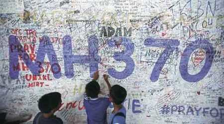 Debris found in Mauritius to be examined by MH370 investigators