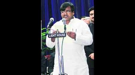 Mulayam Singh Yadav, Samajwadi Party, Samajwadi Party, Samajwadi Party convention, Gayatri Prasad Prajapati, Mulayam Singh Yadav, indian express, UP government, Amitabh Thakur, UP news, india news, nation news
