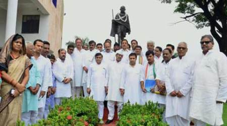 In MP assembly, Congress tries to condole Vyapamdeaths