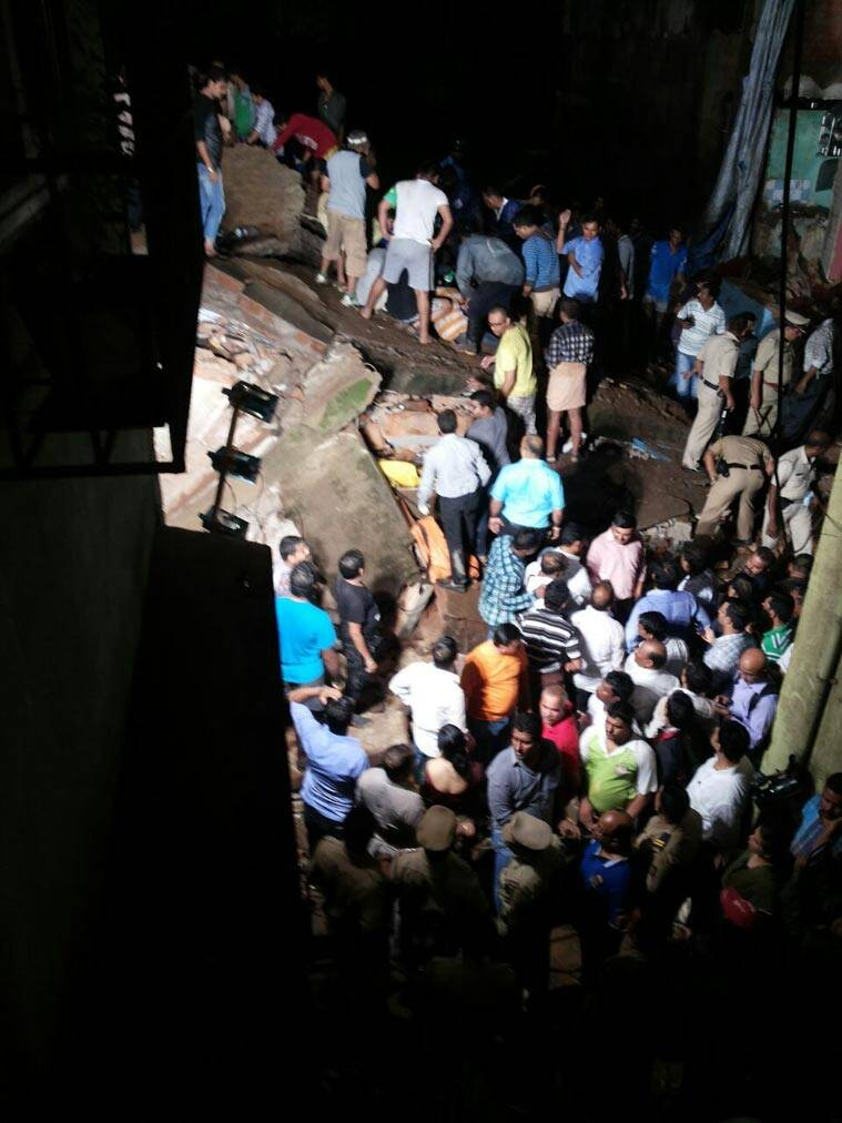mumbai-building-collapse-2l