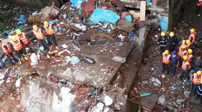 Building collapse in Thane kills 6, many more fear trapped