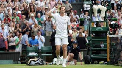 Wimbledon: Roger Federer, Andy Murray sail through, Petra Kvitova knocked out
