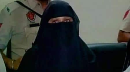 Pakistani woman without passport, India Pakistan border, Attari Border, without passport travel, Gurdaspur attack, Punjab Pakistan border, samjhuata express, Pak woman in india, Punjab news, chandigarh news, India news, Pakistan news, latest news