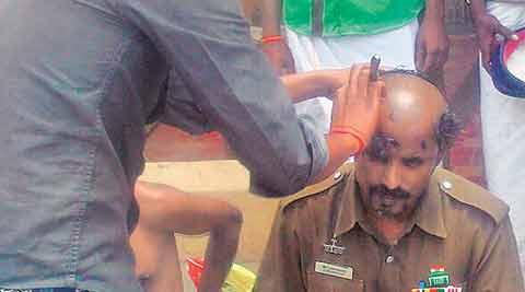 amma, j jayalalithaa, jayalalithaa, jayalalithaa fans, jayalalithaa follower, jayalalithaa follower shave head, chennai news, india news