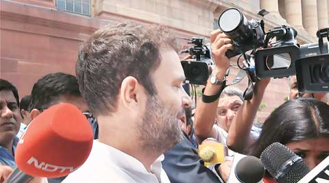 Only Congress can challenge RSS, Rahul tells partyworkers