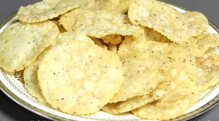 Rice Papdi recipe (Source: nishamadhulika.com)