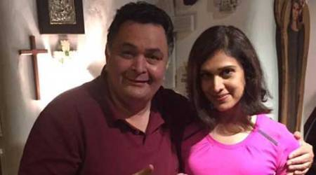 'Any guesses who this is?' Meenakshi Seshadri visits Rishi Kapoor unannounced
