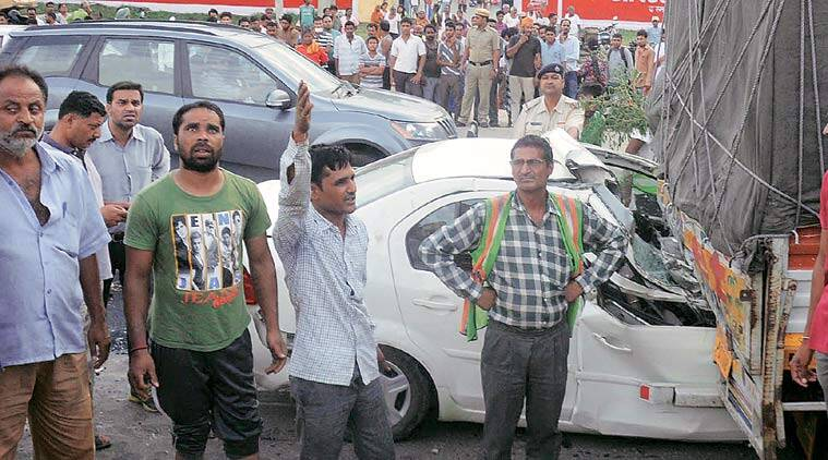 road accident, Chandigarh road accident, national highway road accident, road accident deaths, Chandigarh news