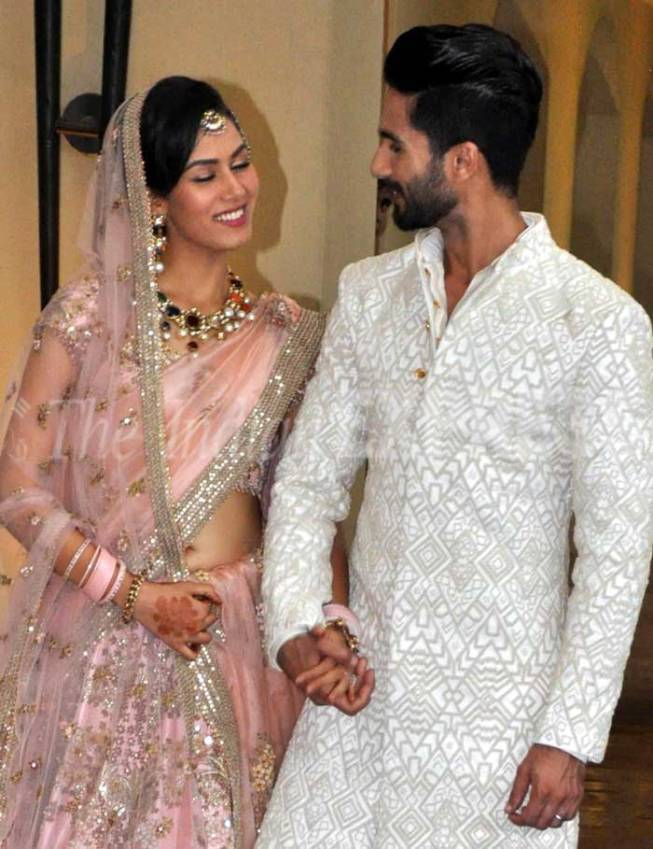 Shahid kapoor marriage party betrothal times