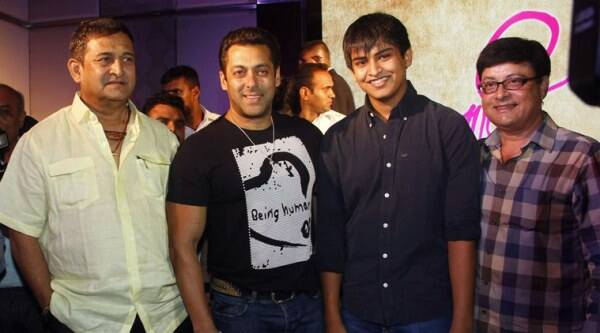 Salman Khan, Mahesh Manjrekar, Satya Manjrekar, Renuka Shahane, Usha Nadkarni, Kiran Karmarkar, Sanket Agarwal, Janiva, Janiva Movie, Janiva Movie Launch, Janiva cast, Janiva Trailer, Janiva movie Trailer, Janiva Release, Janiva movie Release, Janiva 2015, Entertainment news