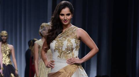 Sania Mirza, Sania Mirza Tennis, Sania Mirza Fashion, Sania Mirza in fashion Week, Sania Mirza Jewellery Week, Sania Mirza Show Stopper, Sania Mirza ramp Walk, Sania Mirza news, Entertainment news