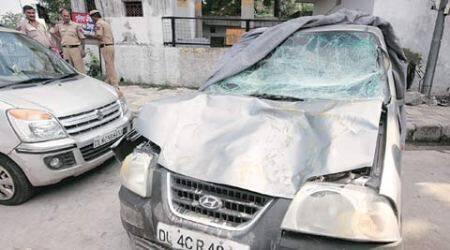 5 cops injured as car rams into police barricade, two in 'critical'condition