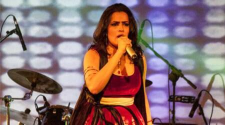 Sona Mahopatra, singer Sona Mahopatra, Sona Mahopatra Songs, Sona Mahopatra Concert, Sona Mahopatra Live, Sona Mahopatra Ambarsariya, Sona Mahopatra Bedardi Raja, Sona Mahopatra Live Performance, Sona Mahopatra Stage Performance, Entertainment news