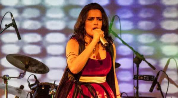 Sona Mahopatra, singer Sona Mahopatra, Sona Mahopatra Songs, Sona Mahopatra Concert, Sona Mahopatra Live, Sona Mahopatra Ambarsariya, Sona Mahopatra Bedardi Raja, Sona Mahopatra Live Performance, Sona Mahopatra Stage Performance, Entertainment news