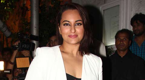 sonakshi sinha, sonakshi, akira, sonakshi sinha akira, sonakshi sinha local train, sonakshi sinha movies, sonakshi sinha upcoming movies, entertainment news