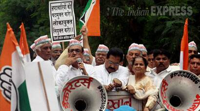 Congress protest against Arvind Kejriwal over Lokayukta Vacancy